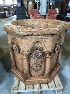 Marble octagonal well 105x93h""
