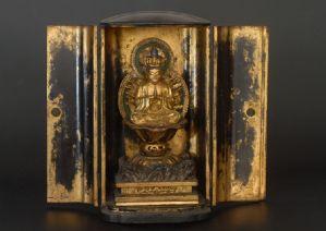 """Buddhistischer Lackschrein, Japão um 1840"""""""