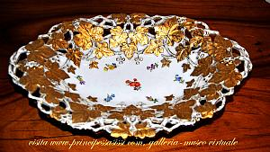 Decorative table center of Meissen, Saxony, the second half of the 800