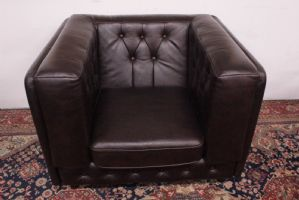 Original English modern club model armchair in brown leather