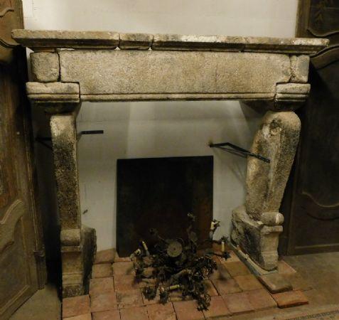 chp288  camino gotico in pietra , misura larg. cm 230 x h 215
