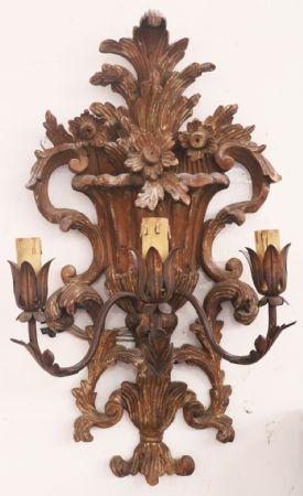 Antica applique in legno. Epoca 1800.