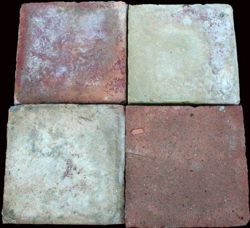 Mattoni antichi in cotto. cm 16x16. Epoca 1800.