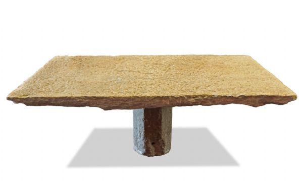Importante Tavolo antico in pietra. Epoca Romanica.