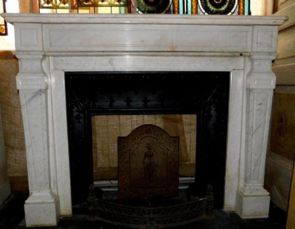 chm629 - camino in marmo bianco, cm l 141 x h 110