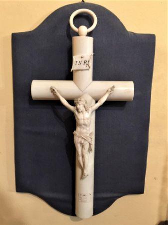 Crocifisso in avorio epoca metà '800