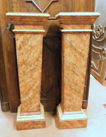 dars361 - coppia di colonne in legno, cm max l 39 x h 132