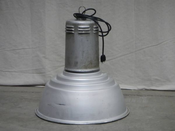 lampada  vintage industriale anni 50