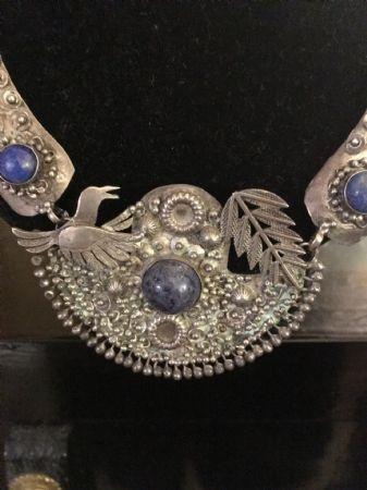 Collana in argento e lapislazzuli