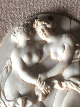 Piccolo bassorilievo in avorio neoclassico