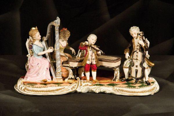 CONCERTO DI MUSICA DA CAMERA - porcellana inglese Derby Crown Porcelain Co. di inizio '900