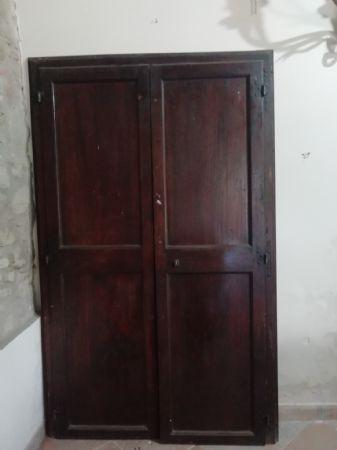 """Antica porta in noce a 2 ante a """"giorno"""" con telaio originale, Italia centrale seconda metà del XVIII secolo"""