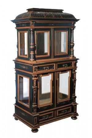 Prezioso mobile espositore da centro - Torino, seconda metà del XIX secolo