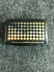 Papier mache snuffbox with geometric decoration. Europe