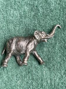 Маленький серебряный слоник Италия.