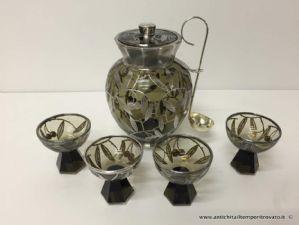 Antico contenitore in vetro e argento per ciliegie sotto spirito