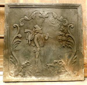 p198 cast-iron plate with a 19th century hunter, mis. 60 x 60 cm