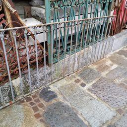 ringhiera in ferro chiodata Lombarda