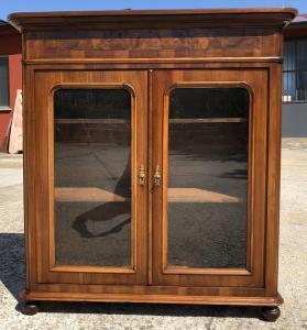 vetrina del 1800 a due ante