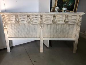 Lacquered double bed
