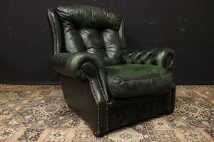 Original Chesterfield bergere armchair in hunter green leather