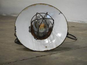 lâmpada de rua militar dos anos 50