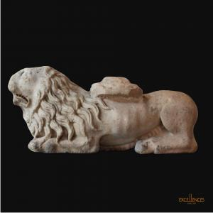 Ancient and rare Tuscan marble lion sculpture