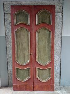 Porta veneta dipinta a tempera inizio XVIII secolo