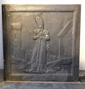p173  piastra con papa, epoca  '800,  mis. cm 42 x 42