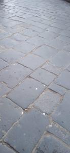 Pavimento antico in pietra