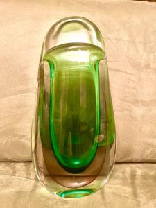 Vaso in vetro pesante sommerso con toni verde-viola.Flavio Poli,Seguso vetri d'arte.Murano