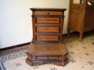 Inginocchiatoi antichi mobili antichi antiquariato su for Centro lombardo mobili