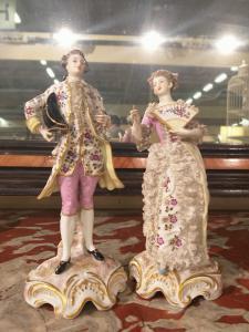 Coppia statuette LUI LEI porcellana Maissen