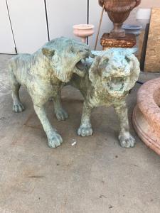 Bronze tigers 50x250x120h