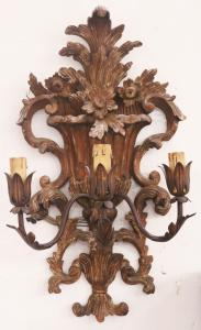 Ancient wooden applique. Period 1800.