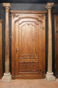 dars379 - 7 colonne in legno con base in pietra, cm l 32 x h 289