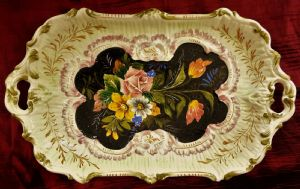 Tray in hand-painted Italian ceramics