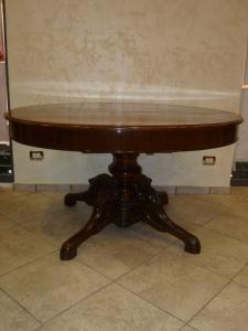 Tavolo Tondo Allungabile Antico.Tavoli Tondi Antichi E Tavoli Ovali Antichi Mobili Antichi Page 2