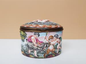 Старинная итальянская фарфоровая шкатулка-футляр Capodimonte