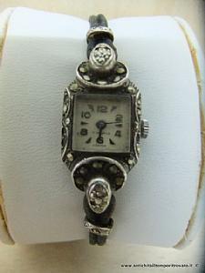 Antico orologio in argento e marcassite