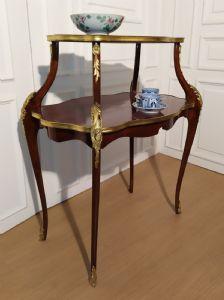 Tavolino da te salotto doppio ripiano, Francia, Napoleone III