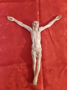 Bel cristo in avorio scuola italiana h29 testa a piedi ai bracci h34 garanzia termini di legge