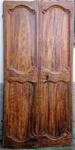 Marche door painted with faux briar