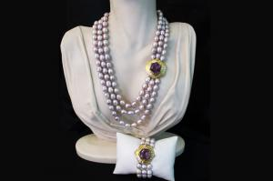 Lilac pearl necklace and bracelet with amethyst firmness