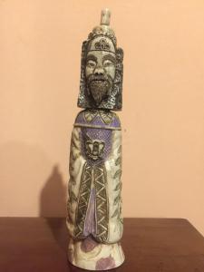 Skulptur in orientalischem Elfenbein
