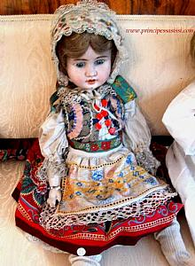 Rare antique doll bisque with wooden body and compounds of the Austrian manufacturing Aich MÖGLICH.1890 ca