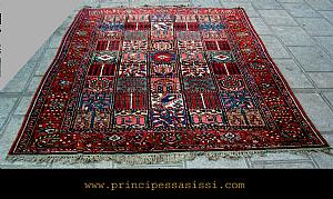 Decorative and charming carpet of the latest 800 years, the tribe Bakthiary. In real perfect condition