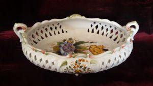 Kleiner Korb in der italienischen Keramik, handbemalte