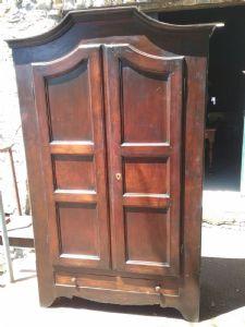 armadio piemontese  legno in noce