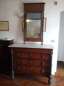 Como impero lucchese ciliegio con specchiera marmo bianco carrara gambe a pigna maniglie originali 130x60x110 specchio 130